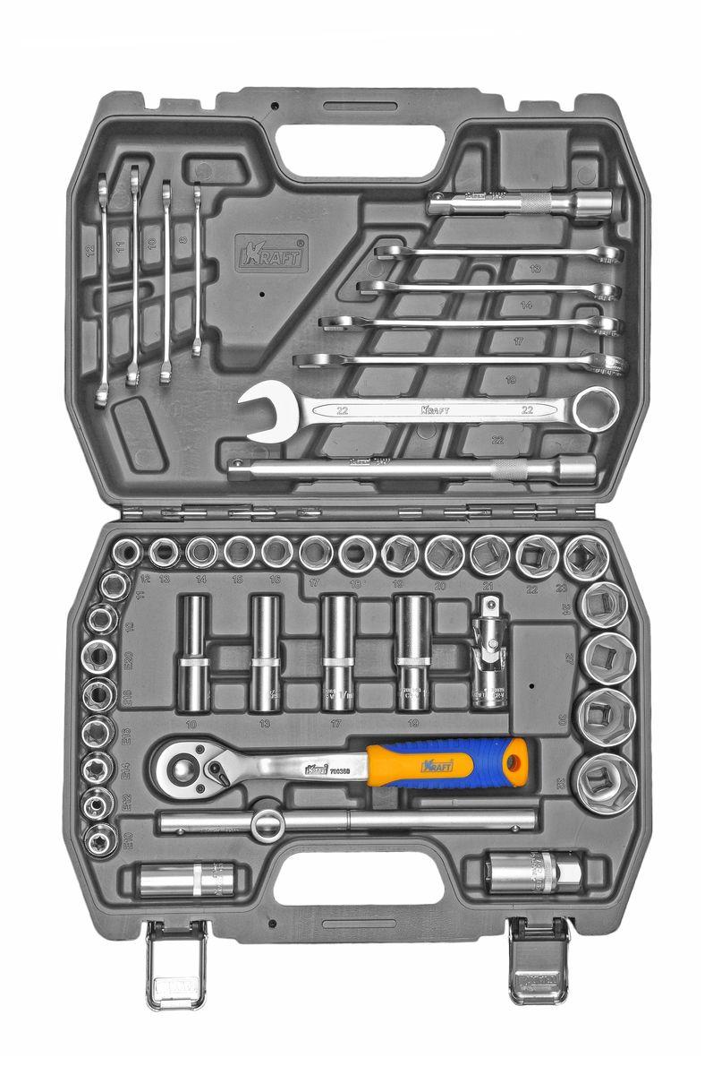Набор инструментов Kraft Professional, 1/2, 44 предметаКТ 700683Набор инструментов Kraft Professional базовой комплектации позволяет производить обслуживание резьбовых соединений в диапазоне размеров от 8 мм до 32 мм, а также с профилем E-star. Это полнофункциональный набор торцевых головок и принадлежностей для работы с приводом 1/2. Набор также оснащен комбинированными ключами. Набор инструментов Kraft Professional предназначен для укомплектования автомобилей и проведения несложных работ по обслуживанию авто-мототехники.Состав набора: головки торцевые шестигранные 1/2: 10 мм, 11 мм, 12 мм, 13 мм, 14 мм, 15 мм, 16 мм, 17 мм, 18 мм, 19 мм, 20 мм, 21 мм, 22 мм, 23 мм, 24 мм, 27 мм, 30 мм, 32 мм;головки торцевые E-star: Е10, Е12, Е14, Е16, Е18, Е20; головки торцевые глубокие 1/2: 10 мм, 13 мм, 17 мм, 19 мм; головки торцевые 1/2 свечные: 16 мм, 21 мм; удлинители 1/2: 125 мм, 250 мм;кардан шарнирный 1/2; вороток Т-образный 1/2; рукоятка трещоточная с быстрым сбросом 1/2: 250 мм, 72 зубца; ключи гаечные комбинированные: 8 мм, 10 мм, 11 мм, 12 мм, 13 мм, 14 мм, 17 мм, 19 мм, 22 мм.Элементы набора Kraft Professional изготовлены из хромованадиевой стали марки 50BV30 со специальным трехслойным покрытием, обеспечивающим долговременную защиту от механических повреждений.