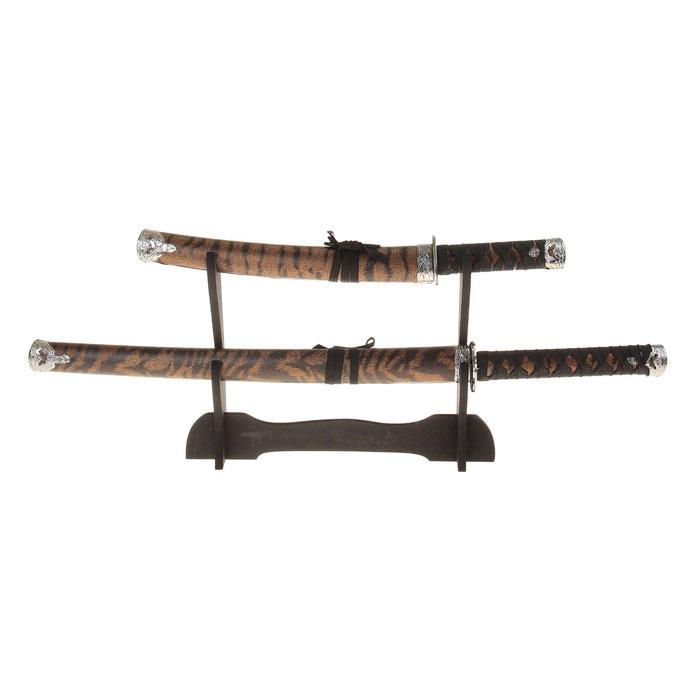 Сувенирное оружие Sima-land Катана, на подставке, цвет: коричневый, 2 шт. 594030 свеча ароматизированная sima land лимон на подставке высота 6 см