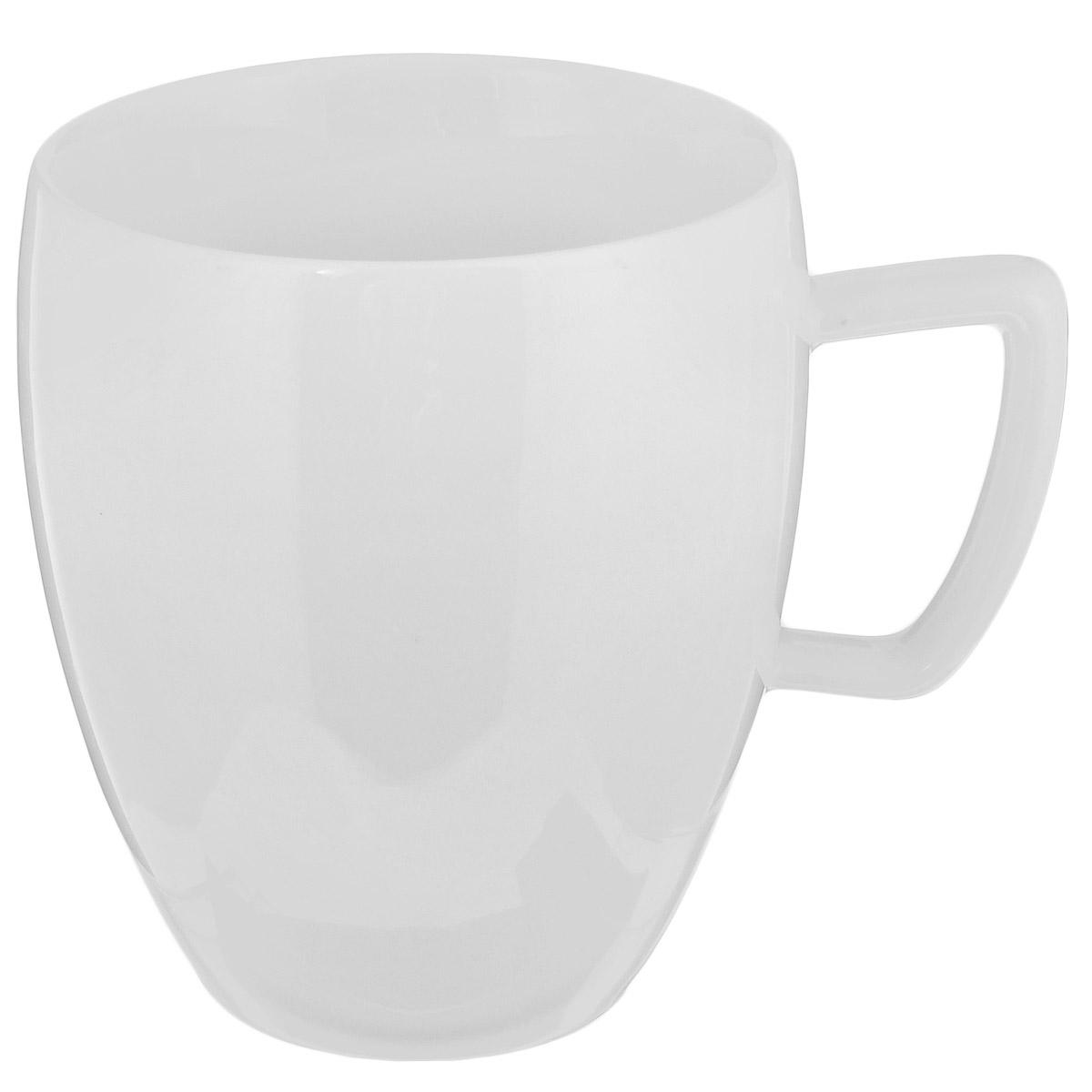 """Чашка Tescoma """"Crema"""" выполнена из высококачественного фарфора однотонного цвета и прекрасно подойдет для вашей кухни. Чашка изысканно украсит сервировку как обеденного, так и праздничного стола. Предназначена подачи кофе и чая.  Пригодна для использования в микроволновой печи. Можно мыть в посудомоечной машине. Диаметр по верхнему краю: 8 см. Высота: 9 см. Объем: 300 мл."""