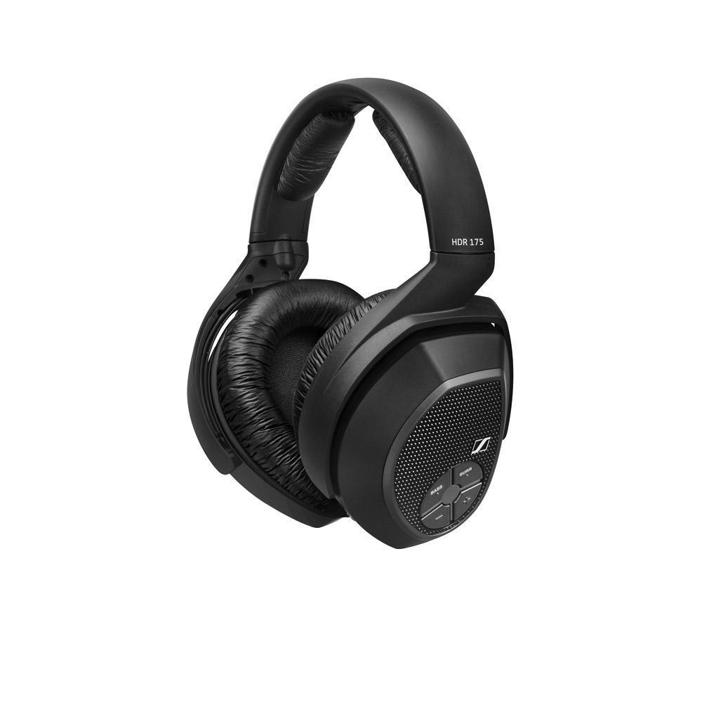 Sennheiser RS 175 беспроводные наушники505563Поднимая домашние развлечения на новый уровень, беспроводная система SennheiserRS 175 предлагает впечатляющий набор функций, так что Вы сможете наслаждаться музыкой и телевидением в полной мере. Режимы Bass Boost и Surround Sound позволят Вам заставить домашнюю развлекательную систему работать с полной отдачей. Инновационная патентованная технология цифровой беспроводной передачи сигнала SennheiserAdvanced Digital гарантирует надежный прием и чистое звучание даже при перемещении из одной комнаты в другую. Основные органы управления расположены на наушниках, так что ничего не будет отвлекать Вас от прослушивания, а удобная посадка идеально подходит для длительного использования