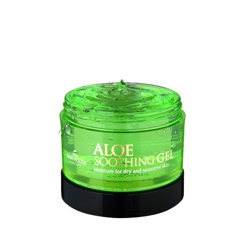 The Skin House Многофункциональный гель алое (сыворотка+маска), 100 млУТ000001248Гель с высокой концентрацией алоэ: содержит более 90% экстракта!Интенсивно успокаивает и увлажняет кожу, действуя моментально. Питает сухую и чувствительную кожу, не вызывая раздражения. Быстро впитывается и успокаивает воспаления. Гель выполняет функции интенсивно увлажняющей сыворотки и маски.Содержит аденозин, который известен своими замечательными анти-возрастными свойствами: за счёт содержания этого компонента, гель борется с морщинками и другими признаками старения.Подходит для всех типов кожи. Может использоваться как на коже лица, так и на коже тела, а так же как средство для волос.