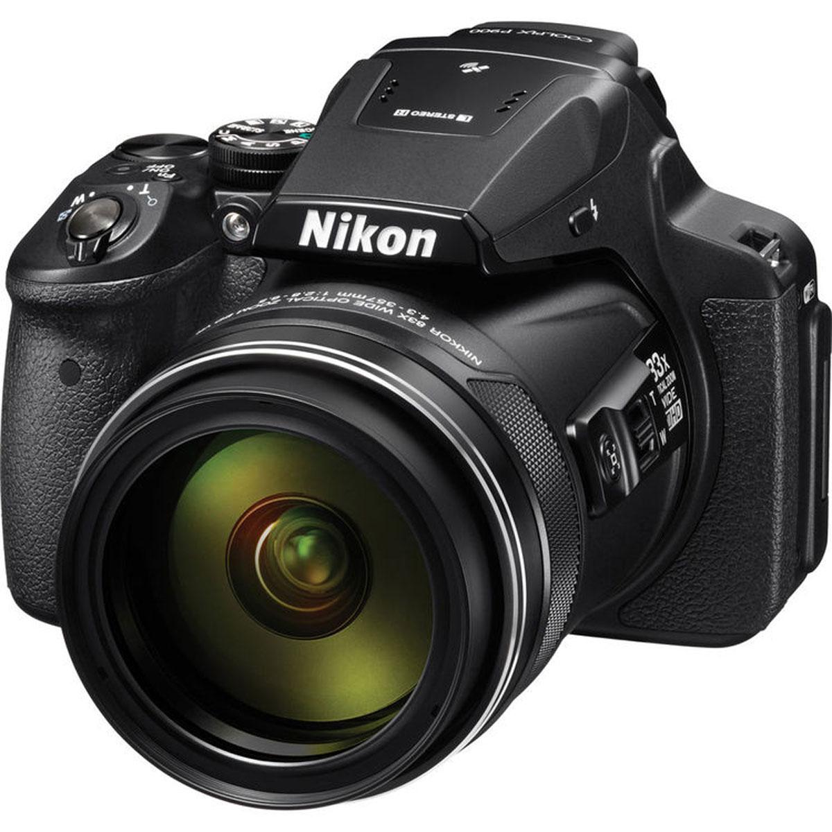 Nikon Coolpix P900, Black цифровая фотокамераVNA750E1Фотографы, увлекающиеся съемкой дикой природы и ночного неба, высоко оценят новую 16-мегапиксельную фотокамеру COOLPIX P900 со сверхмощным 83-кратным оптическим зумом, которая позволяет запечатлеть детали, невидимые человеческому глазу. Мгновенно начинайте съемку, используя ускоренную автофокусировку и сокращенную задержку перед спуском затвора. А также снимайте с выдержкой на 5,0 ступени длиннее, чем обычно, благодаря системе оптического подавления вибраций Dual Detect Optical VR, которая эффективно устраняет смазывание.Экран с переменным углом наклона и встроенный электронный видоискатель предоставляют широкие возможности для компоновки кадра при записи видеороликов Full HD, а также при телефотосъемке с максимальной детализацией. Встроенные модули GPS, ГЛОНАСС и QZSS обеспечивают получение точных данных о месте съемки. А благодаря встроенной функции Wi-Fi и поддержке технологии NFC можно сразу же поделиться полученными изображениями.Сверхмощный зум:Объектив NIKKOR оснащен 83-кратным оптическим зумом, расширяемым до 166-кратного с помощью функции Dynamic Fine Zoom, и отличается широким охватом фокусных расстояний — от 24 мм в широкоугольном положении до 2000 мм в положении телефото (эквивалент формата 35 мм). Это позволяет фотографу запечатлеть потрясающие детали, невидимые человеческому глазу.Система оптического подавления вибраций Dual Detect Optical VR, позволяющая увеличить время выдержки на 5,0 ступени:Система подавления вибраций (VR) улавливает каждое движение, одновременно обрабатывая данные от датчика угловой скорости на объективе и сведения о векторе движения от матрицы. Она лучше гасит вибрации и обеспечивает устойчивость при телефотосъемке с рук.КМОП-матрица с обратной подсветкой и разрешением 16 мегапикселей:Резкие детализированные изображения теперь легко получить даже при ночной съемке. Эта чувствительная матрица обеспечивает высокую производительность и способствует получению резких изображений с н