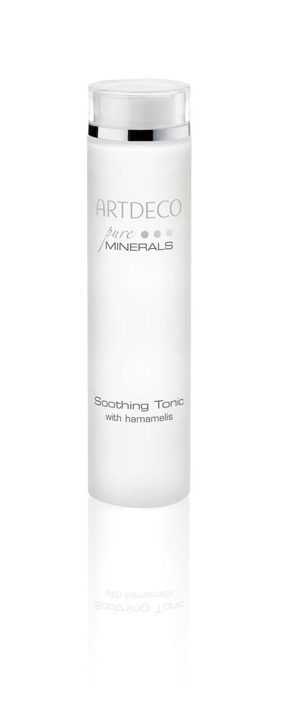 ARTDECO Успокаивающий тоник для лица Pure Minerals Soothing Tonic, 200 мл67252Тоник Soothing Tonic с нежным, лёгким запахом, в состав которого входит экстракт гамамелиса, нежно очищает и поддерживает естественный водный баланс кожи. Благодаря успокаивающим ингредиентам, таким как гамамелис и кальций, входящим в состав тоника, кожа выглядит здоровой и свежей. Стянутость кожи, после применения средства, исчезает. Кальций увлажняет кожу и поддерживает клеточный обмен веществ, в то время как цинк действует успокаивающе, предотвращает покраснения и благотворно влияет на восстанавливающие процессы. Магний оказывает нормализующее и успокаивающие действие. Входящая в состав вода из цветков апельсина освежает и укрепляет кожу. Аллантоин ухаживает за кожей, делает её мягкой и гладкой. Не содержит алкоголь и парабены. Продукт прошел дерматологические испытания. Подходит для всех типов кожи, особенно для чувствительной кожи