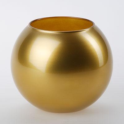 Ваза Workshop Flora, цвет: золотистый, высота 11 см43417GLВаза Workshop Flora, выполненная из натрий-кальций-силикатного стекла, сочетает в себе изысканный дизайн с максимальной функциональностью. Круглая ваза имеет гладкие одноцветные стенки. Она идеально подойдет для мелких цветов. Такая ваза придется по вкусу и ценителям классики, и тем, кто предпочитает утонченность и изысканность. Высота вазы: 11 см.Диаметр вазы (по верхнему краю): 7,9 см.
