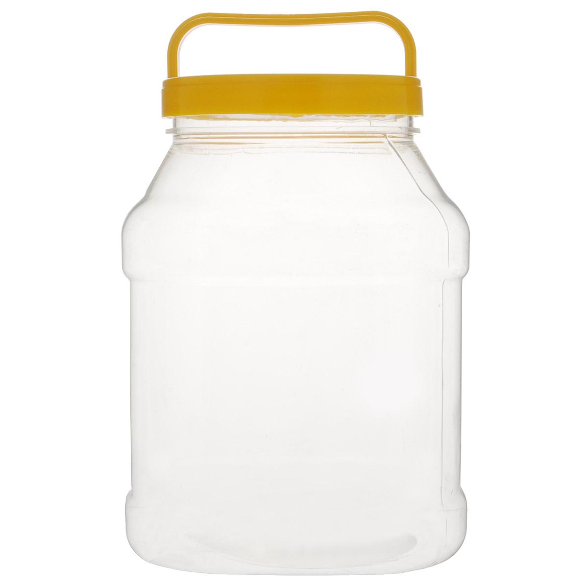 Бидон Альтернатива, прямоугольный, цвет: желтый, 3 лМ463Бидон Альтернатива предназначен для хранения и переноски пищевыхпродуктов, таких какмолоко, вода и т.д. Изделие выполнено из пищевого высококачественного ПЭТ.Оснащен ручкойдля удобной переноски. Бидон Альтернатива станет незаменимым аксессуаром на вашей кухне.Объем: 3 л. Диаметр (по верхнему краю): 10,5 см.Высота бидона (без учета крышки): 19 см. Размер дна: 15 см х 15 см.
