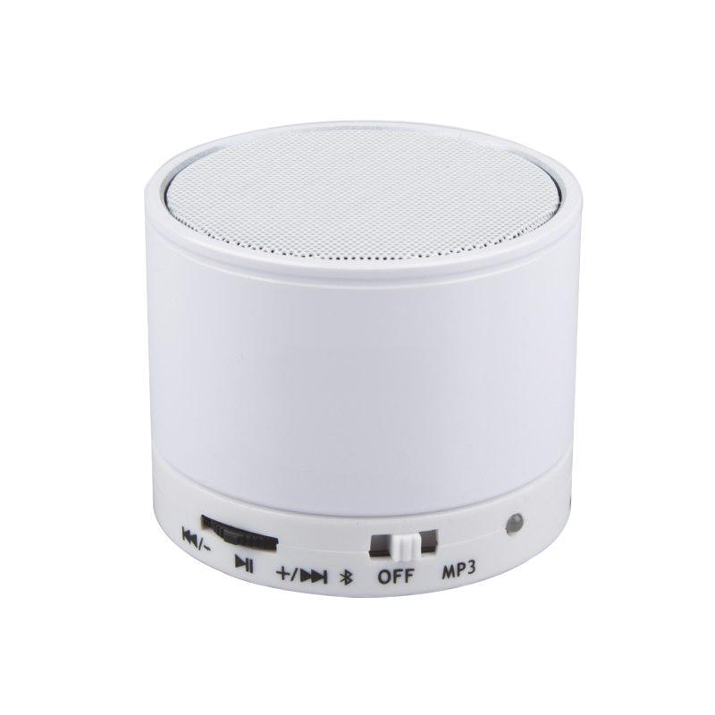 Liberty Project S10, White беспроводная колонкаR0001263Liberty Project S10 - это компактная портативная акустическая система, совместимая с большинством аудио устройств. Небольшие размеры и встроенный аккумулятор дают возможность использовать колонки в мобильном режиме, в любом месте, где нет электричества. Скромные с виду динамики обеспечивают вполне серьезную громкость и с легкостью озвучивают небольшое помещение или место пикника, отдыха. Для подключения можно использовать стандартный аудиоразъем 3.5 мм. Liberty Project S10 - прекрасное решение для всех, кто хочет слушать любимую музыку в компании и не зависеть от розетки. Кроме того, у данной модели акустики есть возможность воспроизводить аудиофайлы непосредственно с карты памяти.
