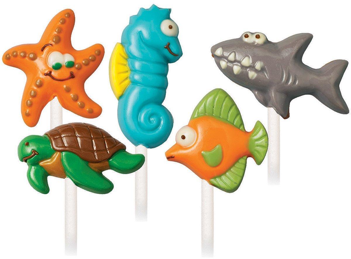 Формочки для создания конфет: Морские животныеWLT-2115-1414Растопите и залейте в формочку ваш любимый цвет Тающей конфетки (Candy Melts®), дайте застыть. Можно вставить палочку. Праздничное угощение готово! В наборе: 5 формoчек, 5 дизайнов. Материал: пластик.