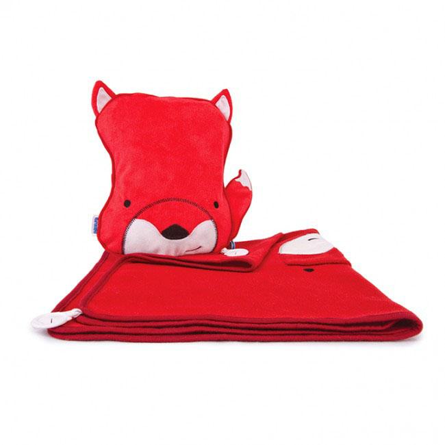 Дорожный набор Trunki Felix, 3в1, цвет: красный, белый0128-GB01Удивительно полезный дорожный набор Trunki Felix должен быть у каждого маленького путешественника. Подушку с пледом внутри, легко и просто можно брать с собой в самолет, поезд или машину. Ваш малыш теперь будет с комфортом спать в дороге, положив головку на мягкую надувную подушку и укрывшись одеялом. Подушка выполнена в виде забавной рожицы лесенка с хвостиком. Набор укомплектован надувной вставкой, превращающейся в подушку. На пледе есть специальный кармашек, куда можно посадить свою любимую игрушку. Комплект имеет уникальное крепление Trunki Grip, соединяющее одеяло и подушку, чтобы вам не приходилось часто укрывать вашего малыша. Рекомендуемый возраст: от 2 лет.Размер подушки: 26 см х 21 см. Размер пледа: 70 см х 90 см.