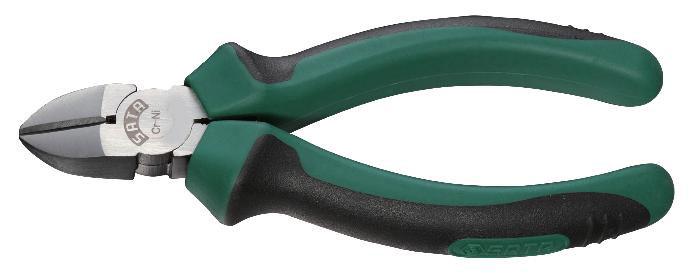 Кусачки-бокорезы SATA 70202A70202AБокорезы Sata предназначены для резки провода из меди, алюминия и других цветных металлов. Изготовлены из высококачественной хром-никелевой стали. Это увеличивает эксплуатационный период на 30% по сравнению с подобным изделием из хромованадиевой стали. Двухкомпонентные рукоятки обеспечивают более комфортную эксплуатацию, не допускают скольжения и защищены от вредного воздействия масла. Толщина медной разрезаемой проволоки: 2,6 см. Толщина железной разрезаемой проволоки: 2,4 см.