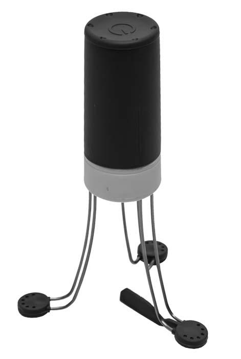 Мини-повар Marmiton17019Мини-повар Marmiton - это уникальное устройство, которое призвано облегчить приготовление таких блюд как каши, соусы, подливы и крема. Изделие выполнено из нержавеющей стали, полипропилена и силикона, что позволяет использовать его даже в посуде с антипригарным покрытием. Мини-повар очень прост в использовании и включается одним нажатием. Прибор подходит к любому размеру посуды, имеет 3 скорости вращения и работает от 4 батареек типа АА (в комплект не входят). С помощью мини-повара еда не пригорает, а ваши руки свободны для других дел!Термостойкость: 300 градусов. Размеры (в собранном виде): 12 см х 12 см х 19 см.