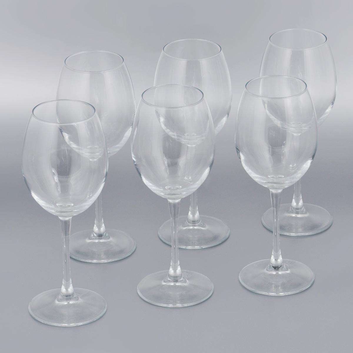 Набор бокалов для красного вина Pasabahce Enoteca, 420 мл, 6 шт44728BНабор Pasabahce Enoteca состоит из шести бокалов, выполненных из прочного натрий-кальций-силикатного стекла. Изделия оснащены высокими ножками. Бокалы предназначены для подачи красного вина. Они сочетают в себе элегантный дизайн и функциональность. Благодаря такому набору пить напитки будет еще вкуснее.Набор бокалов Pasabahce Enoteca прекрасно оформит праздничный стол и создаст приятную атмосферу за романтическим ужином. Такой набор также станет хорошим подарком к любому случаю. Можно мыть в посудомоечной машине и использовать в микроволновой печи.Диаметр бокала (по верхнему краю): 6 см. Высота бокала: 22,5 см.