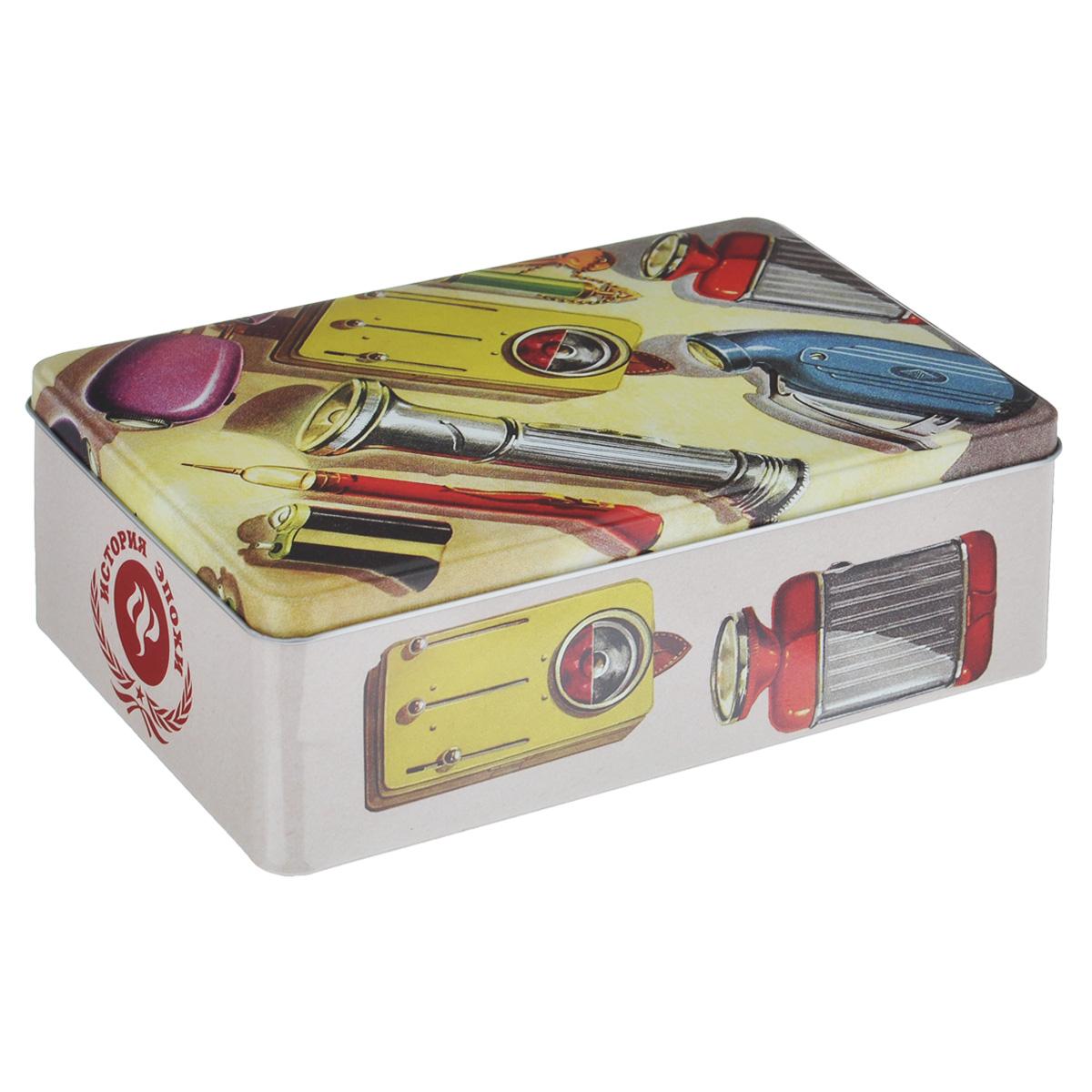 """Коробка для хранения Феникс-презент """"Инструменты"""", выполненная из металла, декорирована изображением различных инструментов. Внутри коробки имеется одно вместительное отделение. Крышка изделия открывается с помощью откидного механизма.Коробка для хранения Феникс-презент """"Инструменты"""" станет оригинальным украшением интерьера и позволит хранить украшения, бижутерию, а также предметы шитья или рукоделия."""