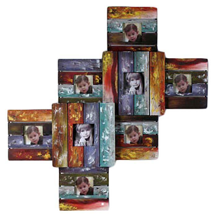 Декоративная настенная фоторамка Цвета. 1915919159 Декоративная рамка для фотографий Цвета выполнена из металла в виде восьми квадратных рамок разного размера, соединенных между собой на одной основе. Такая рамка поможет украсить ваш интерьер и позволит сохранить на память изображения дорогих вам людей и интересных событий вашей жизни, например, романтического путешествия, и вы всегда будете в хорошем настроении. Характеристики:Материал: металл, стекло. Общий размер фоторамки: 84 см х 58 см х 6,5 см. Размер фотографии: 9 см х 9 см; 10 см х 10 см. Размер упаковки: 93 см х 10 см х 63 см. Артикул: 19159.