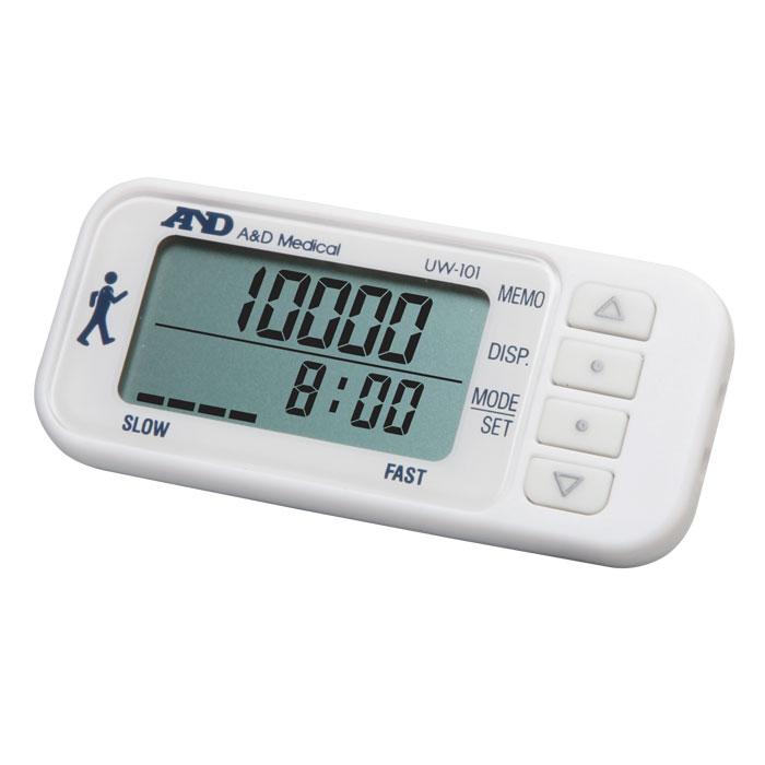 Шагомер AND UW-1016042052AND UW-101 – это новый шагомер от японского производителя, который имеет просто огромные шансы стать вашим постоянным спутником и товарищем, так как именно с его помощью можно отслеживать, насколько быстро вы следуете на пути к здоровью. Данный шагомер чрезвычайно удобно использовать при занятиях фитнесом или аэробикой, во время бега или ходьбы, тем более, что, благодаря наличию датчика с трехмерным измерением, его можно носить в сумке или кармане, на шее или в руке. AND UW-101 разработан на основе современной сенсорной технологии, поэтому измерение и расчеты выполняются в чрезвычайной точностью и корректностью.Кроме шагов, данный аппарат высчитывает потраченные калории. Для отображения полученной информации используется крупный двухстрочный дисплей, а для контроля интенсивности ходьбы специальный индикатор. Память вмещает результаты двухнедельной давности. Также, среди набора дополнительных функций, можно отметить наличие энергосберегающего режима для продления автономной работы и часы. Стильный и современный дизайн. Шагомер оснащен 3D-датчиком, поэтому его без проблем можно носить в кармане, на шее или в сумке.