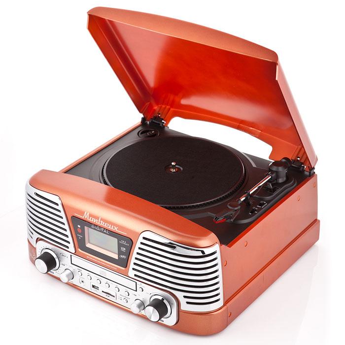 PlayBox Montreux ретро-проигрыватель, Orange (PB-106D)PB-106D-ORPlayBox Montreux (PB-106D) - стильный и компактный проигрыватель виниловых дисков с винтажным дизайном,который напоминает проигрыватели виниловых дисков, популярных в середине прошлого столетия. Данная модель может не только воспроизводить старые пластинки, рассчитанные на скорости вращения 33, 45 и 78 оборотов в минуту, но и переписывать музыку с винила на карты памяти (SD/MMC) и компакт-диски. Помимо всех основных разъемов, проигрыватель оснащен встроенными динамиками.