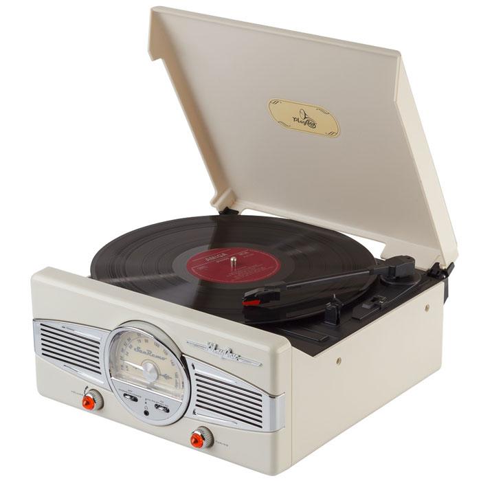 PlayBox San Remo ретро-проигрыватель, Beige (PB-101)PB-101-CYPlayBox San Remo - стильный и компактный проигрыватель виниловых дисков, дизайн которого напоминает проигрыватели в форме чемоданчиков 50-х годов прошлого века. Данная модель позволит вам прослушивать пластинки всех известных типов, а встроенный радиоприемник - наслаждаться любимыми радиостанциями. Помимо всех основных разъемов, проигрыватель оснащен встроенными динамиками.