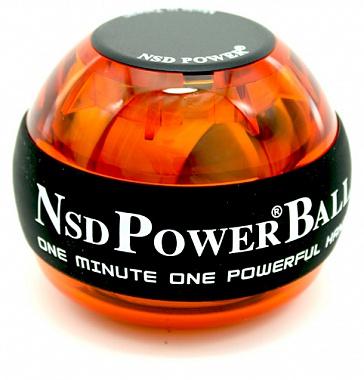 Тренажер кистевой NSD Power Powerball 250 Hz, цвет: оранжевыйPB-688 AmberКистевой тренажер NSD Power Powerball 250 Hz - новая базовая модель без счетчика и подсветки, изготовленная из более прочного материала с системой защиты ротора, предотвращающая его повреждение при падении шара на твердую поверхность. Прекрасно сбалансированный ротор тренажера может достигать скорости вращения до 15000 оборотов в минуту при этом, обеспечивая плавное и легкое вращение.Диаметр тренажера: 6,5 см.