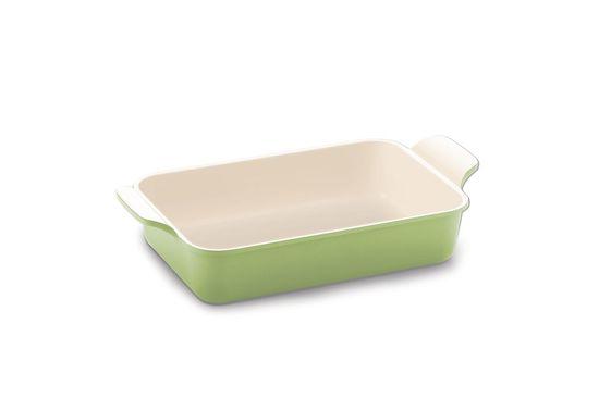 Форма для запекания Frybest Evergreen, прямоугольная, с керамическим покрытием, цвет: оливковый, бежевый, 39 х 21 х 10 смCVE-OSEvergreenФорма для запекания Frybest Evergreen подходит для приготовления блюд в духовке. Изделие изготовлено из литого алюминия с антипригарным керамическим покрытием Ecolon, которое обеспечивает экологичность выпекаемых в форме блюд - в процессе приготовления не происходит никаких вредных реакций с пищей. Благодаря толстым стенкам, в форме особенно удаются запеченные блюда и выпечка - они полностью пропекаются и не пригорают.Одно из основных отличий формы Frybest Evergreen от большинства других - наличие в ней слоя анионов (отрицательно заряженных ионов), обладающих антибактериальными свойствами. Они намного дольше сохраняют приготовленную пищу свежей. Изделие имеет утолщенное дно и две ручки по бокам для удобного хвата.Подходит для газовых, электрических, керамических плит, можно мыть в посудомоечной машине.Объем: 2 л.Внешний размер формы: 39 см х 21 см х 10 см.Внутренний размер формы: 30,5 см х 20 см х 8,2 см.Толщина дна: 4,5 мм.Толщина стенок: 3,5 мм.