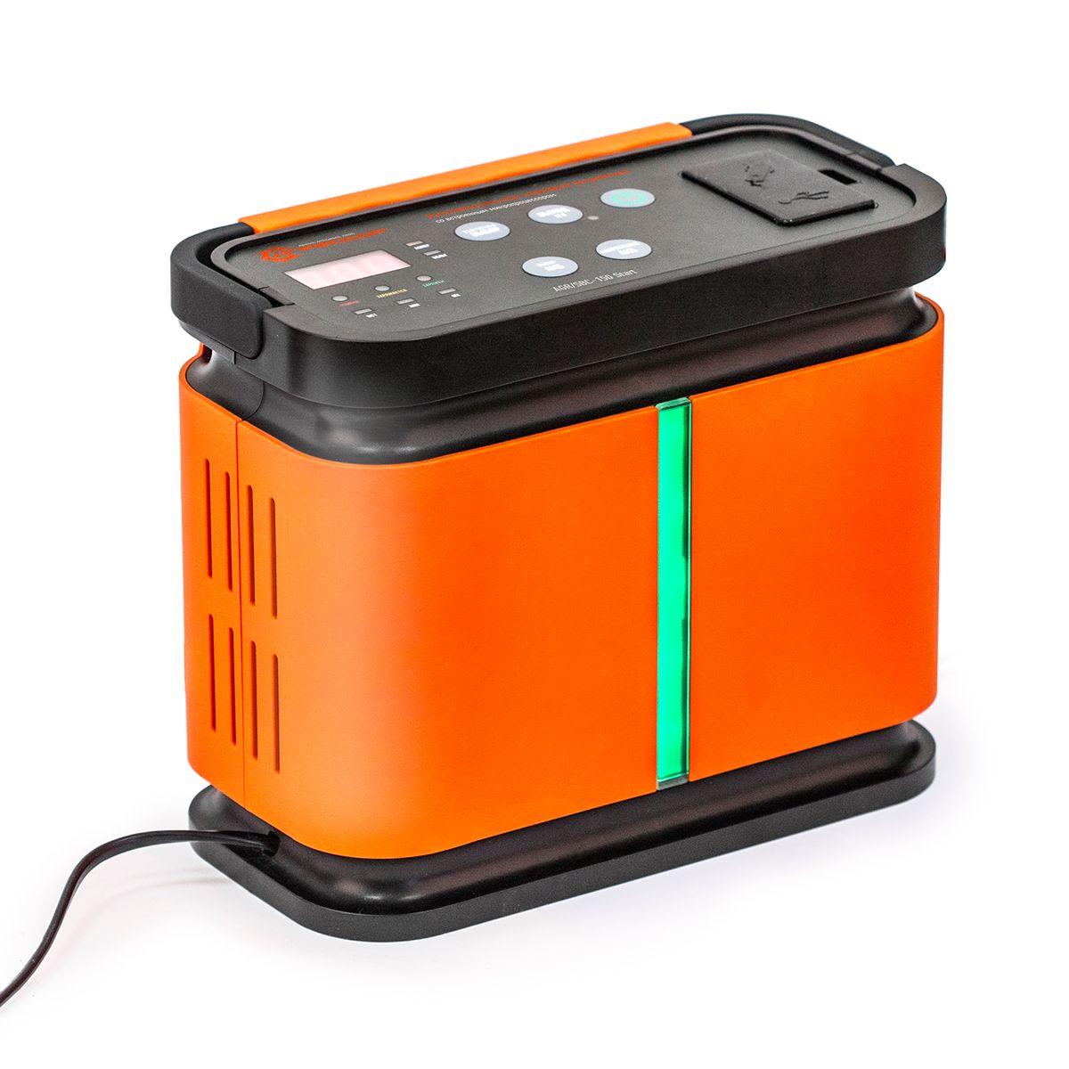Устройство зарядное цифровое Autoprofi Агрессор AGR/SBC-150, 9 фаз зарядки, ток 2/6/10/15 АAGR/SBC-150Зарядное устройство Autoprofi Агрессор AGR/SBC-150 компактно и эргономично: все провода помещаются в специальных нишах, ручка складывается, размеры позволяют без труда разместить его в автомобиле или гараже. Устройство подходит для зарядки всех типов свинцово-кислотных батарей напряжением 12В. Кроме того, оно заряжает электронные устройства (смартфоны, телефоны, фотоаппараты, плееры и пр.) через встроенные USB-порт или сеть 12В.Устройство имеет усовершенствованную 9-ступенчатую систему зарядки и встроенный микропроцессор. Это, соответственно, сокращает время зарядки, обеспечивает безопасность и защиту от ошибок. Функция 5-минутной зарядки позволяет устройству быстро передать на батарею заряд, необходимый для запуска двигателя.Есть возможность выбрать оптимальную силу тока, установив один из четырех режимов: 2/6/10/15 А. Для оптимальной зарядки аккумуляторной батареи, в устройстве предусмотрена возможность установить тип АКБ: WET (жидкостный электролит), AGM (абсорбированный электролит), GEL (гелевый электролит).