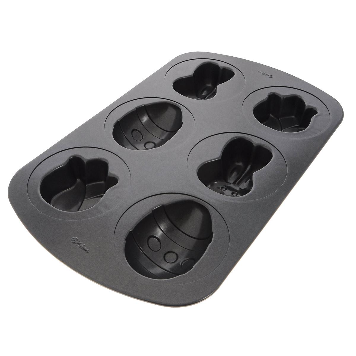 Форма для выпечки Wilton Заяц, тюльпан, пасхальное яйцо, с антипригарным покрытием, 6 ячеекWLT-2105-0420Форма для выпечки праздничного угощения Wilton Заяц, тюльпан, пасхальное яйцо изготовлена из металла с антипригарным покрытием. С таким покрытием пища не пригорает и не прилипает к стенкам. Готовить можно с минимальным количеством подсолнечного масла. Форма содержит 6 ячеек в виде зайца, пасхального яйца, тюльпана. Простая в уходе и долговечная в использовании форма будет верной помощницей в создании ваших кулинарных шедевров. Можно мыть в посудомоечной машине. Размер формы: 26 см x 42 см х 4 см.Размер ячейки заяц: 5 см х 8 см х 3,8 см.Размер ячейки тюльпан: 7 см х 6 см х 3,8 см.Размер ячейки пасхальное яйцо: 10,5 см х 7 см х 3,8 см.