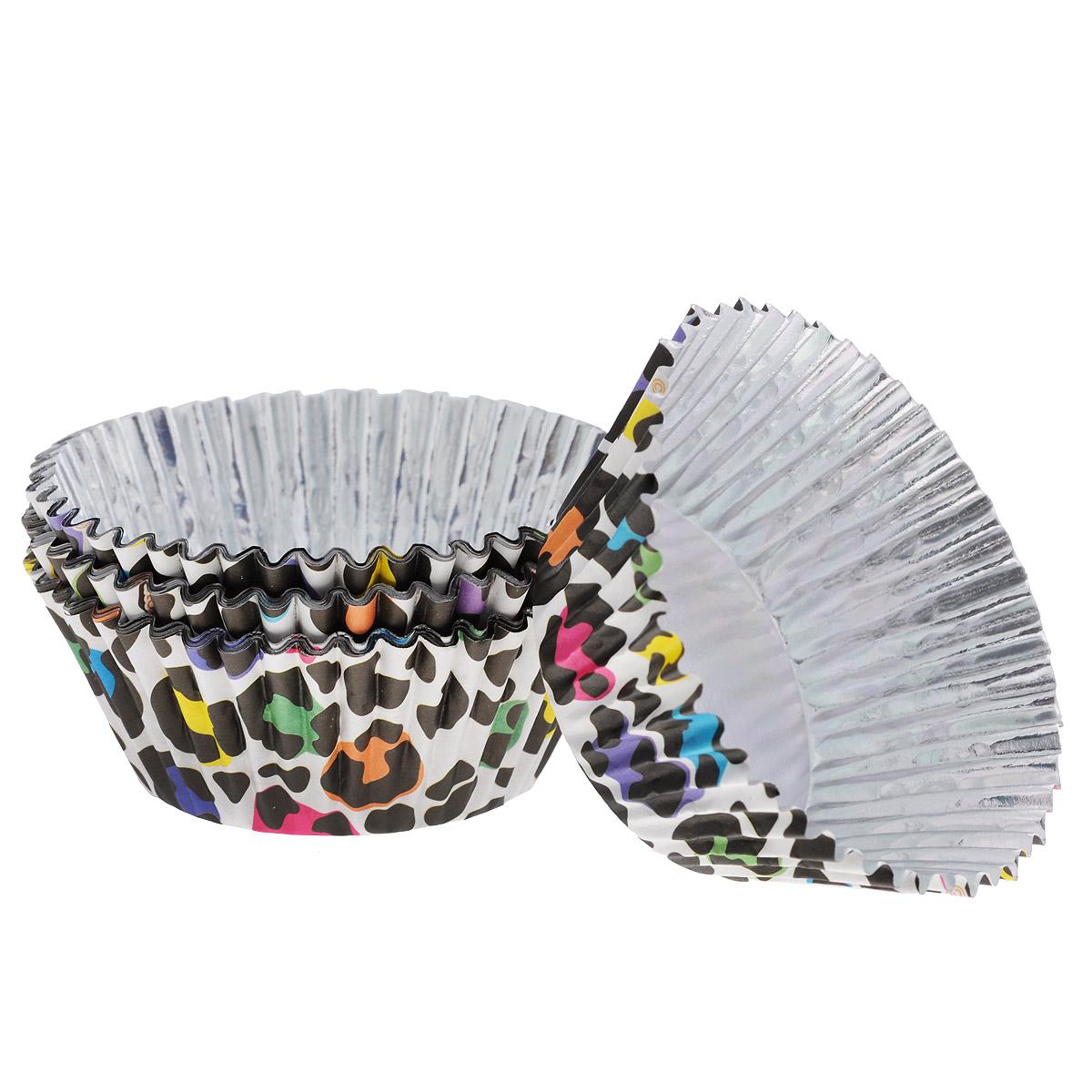 Набор бумажных форм для кексов Wilton Леопард, диаметр 7 см, 36 штWLT-415-2157Набор Wilton Леопард состоит из 36 бумажных форм для кексов. Они предназначены для паковки кондитерских изделий, также могут использоваться для сервировки орешков, конфет и др. Внутри формы оснащены специальным фольгированным вкладышем, благодаря которому изделия не требуют предварительной смазки маслом или жиром. Высота стенки: 3 см. Диаметр (по верхнему краю): 7 см.Диаметр дна: 5 см.