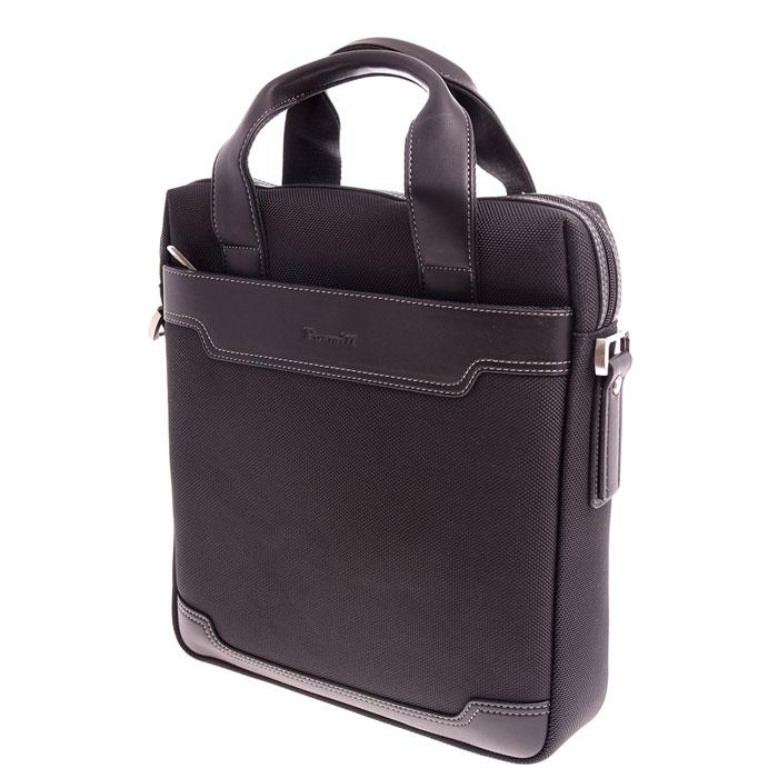 Roxwill R30, Black cумка для ноутбука 13.1 вертикальнаяR30 blackВертикальная сумка Roxwill R30 для планшетов и ноутбуков диагональю до 13,1. Основной материал - плотный высококачественныйнейлон, который надежно защитит содержимое от пыли, влаги и царапин. Для защиты от ударов сумка имеетподкладку из синтетического материала. Сумка имеет отсек для планшета, карман для документов, несколькокарманов для аксессуаров и два внешних кармана для аксессуаров.