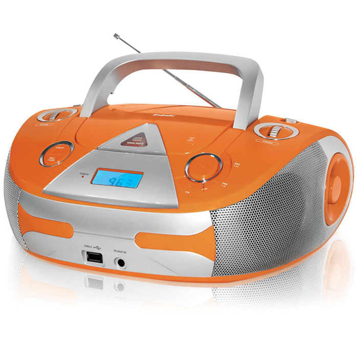 BBK BX325U, Orange Silver CD/MP3 магнитолаBX325UCD/MP3-магнитола BBK BX325U серии Limited Edition обладает красочным дизайном: сочные оранжевый и салатовый цвета всегда поднимут настроение и будут выразительным модным штрихом в интерьере любого современного дома. Применение технологии Pure Sound обеспечивает максимально чистое звучание за счет подавления посторонних шумов и нежелательных помех. Встроенный FM-тюнер с отображением выбранной частоты на цифровом дисплее (Digital Readout) облегчает настройку радио. Благодаря USB-порту к магнитоле можно подключить flash-плеер или другой аналогичный носитель, а встроенный линейный вход AUX IN позволит использовать CD/MP3-магнитолу BX325U в качестве колонок (максимальная выходная мощность в сумме составляет 5 Вт).Питание от батарей:6 х R14/UM-2