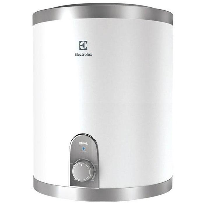 Водонагреватель Electrolux EWH 10 Rival U (подключение воды сверху) обладает компактными размерами при высокой производительности. Данная модель имеет нижнее подключение к источнику воды. Этот водонагреватель идеален для установки в небольших помещениях. Предусмотрена возможность выбора экономичного режима нагрева, что позволяет обеспечить горячей водой даже большую семью.Внутренний бак изготовлен из нержавеющей стали, одобренной для применения в медицине и пищевом производстве. Для нагрева воды используются медные нагревательные элементы с никелированным покрытием, которое значительно увеличивает рабочий ресурс устройства. При помощи ручки управления можно настроить необходимый уровень температуры воды. В качестве дополнительной защиты нагревательного элемента установлен магниевый анод для предотвращения оседания известковых отложений. Специальный термостат не дает воде нагреться выше 75°C, а защита от сухого нагрева отключает нагревательный элемент в случае отсутствия воды в баке. Для эффективной теплоизоляции приборов использован 22-миллиметровый слой вспененного полиуретана.Время нагрева до 75 °С: 32 минИндикатор времени нагрева