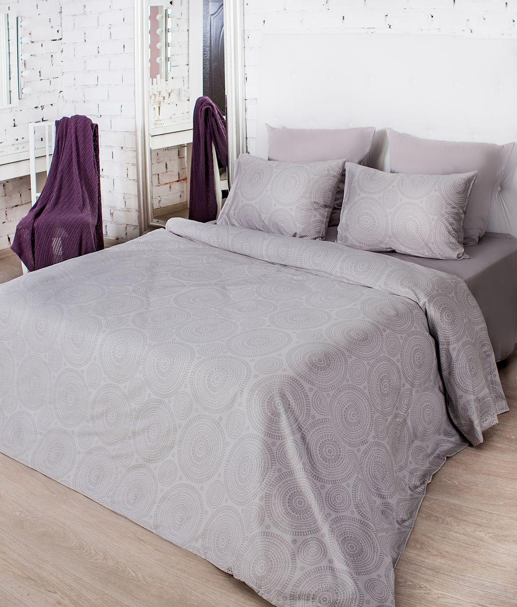 Комплект белья La Prima Тиффани (1,5-спальный КПБ, мако-сатин, наволочка-трансформер 50х70/70х70), серый553/0223200/1397Дизайн Тиффани - графичный дизайн сложного и глубокого коричнево-серого оттенка. Его самое главное достоинство заключается в том, что он великолепно сочетается со всеми остальными цветами. А графичный рисунок коричневого цвета прекрасно его дополняет. Особенную изысканность, шелковистость и мягкость постельному белью придает ткань Мако-сатин, из которой оно выполнено. Мако-сатин - 100% хлопок - натуральный материал высочайшего качества, который обеспечивает глубокий и здоровый сон. Постельное белье неверояно приятное на ощупь, имеет благородный блеск, который достигается путем особого кручения нити. Кроме того, постельно белье Мако-сатин отличает особая прочность и износостойкость, оно очень приятное и легкое в уходе.