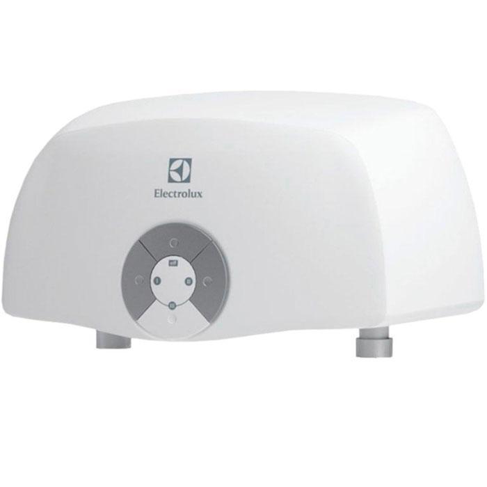 Electrolux Smartfix 2.0 S (3,5 кВт) проточный водонагревательSMARTFIX 2.0 S(3,5 kW)душМодель проточных водонагревателей Electrolux Smartfix 2.0 S (3,5 кВт) отличается высокой производительностью по нагреву воды за счет применения мощных нагревательных элементов из меди. Водонагреватель предназначен для обеспечения горячей водой одной точки водоразбора.В устройстве используется гидравлическая система управления, что дает возможность поддерживать температуру воды в зависимости от величины потока и регулировок смесителя. Для удобства предусмотрена функция автоматического включения и выключения при открытии и закрытии водопроводного крана. Имеются три режима мощности для экономии электроэнергии и повышения производительности прибора, который способен производить более 2 литров горячей воды в минуту. Водонагреватель оснащен датчиком давления, а также специальным термостатом, который обеспечивает защиту от перегрева. Устройство может легко и быстро подключаться к стационарному смесителю, став отличным решением на время отключений горячей воды.