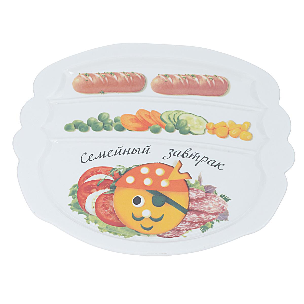 Тарелка для завтрака LarangE Семейный завтрак у пирата, 22,5 х 19 x 1,5 смAW30B23E301Тарелка для завтрака LarangE изготовлена из высококачественной керамики. Изделие украшено ярким изображением. Тарелка имеет три отделения: 2 маленьких отделения для сосисок и одно большое отделение для яичницы или другого блюда. Можно использовать в СВЧ печах, духовом шкафу и холодильнике. Не применять абразивные чистящие вещества.