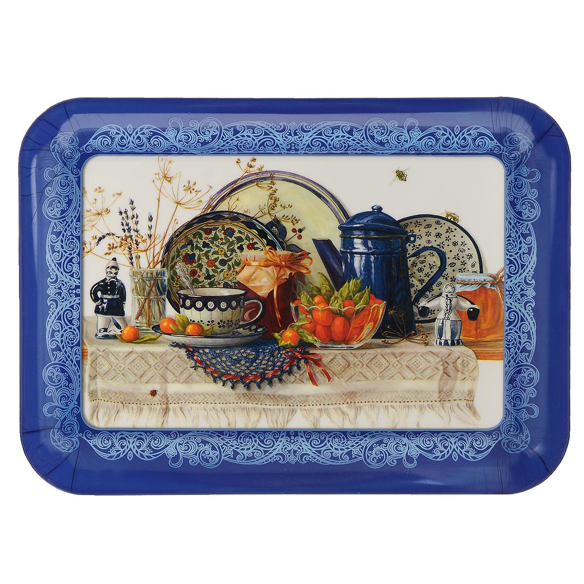 Поднос Натюрморт, 35,5 см х 25,5 см37398Прямоугольный поднос Натюрморт изготовлен из высококачественного полипропилена и оформлен красочным изображением посуды. Поднос оснащен высокими бортиками, благодаря которым его удобно переносить. Может использоваться как для сервировки, так и для декора кухни. Поднос прекрасно дополнит интерьер и добавит в обычную обстановку нотки романтики и изящества. Размер подноса: 35,5 см х 25,5 см х 2 см.