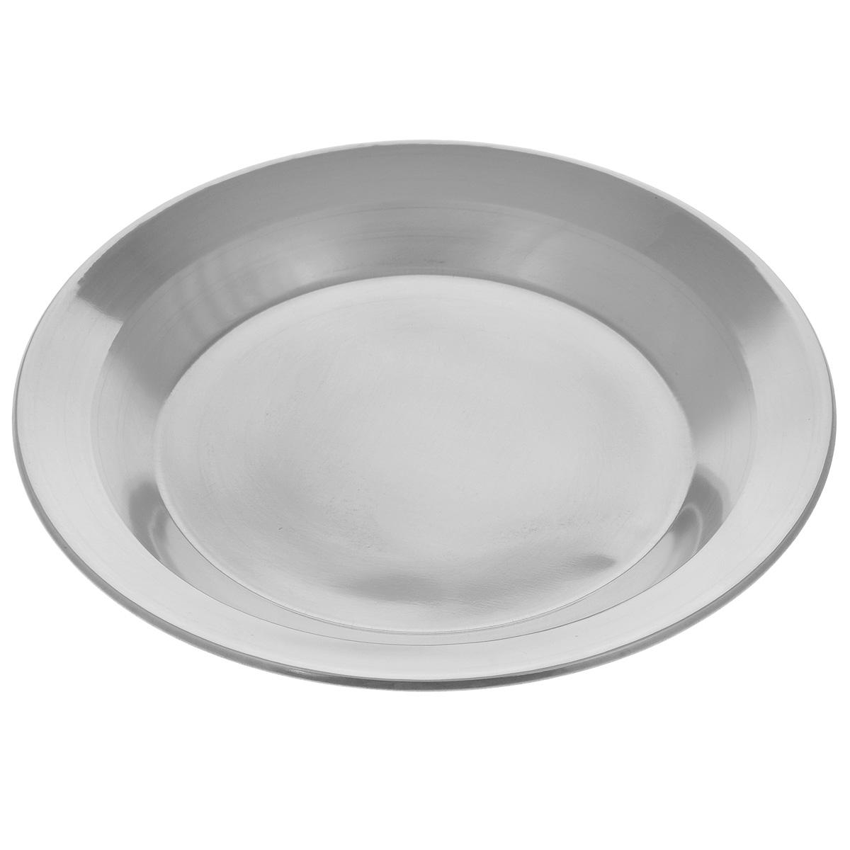 """Тарелка """"Padia"""" изготовлена из нержавеющей стали. Удобная посуда прекрасно подойдет для походов и пикников. Прочная, компактная тарелка легко моется. Отлично подойдет для горячих блюд. Диаметр тарелки: 21,5 см. Высота тарелки: 2 см."""