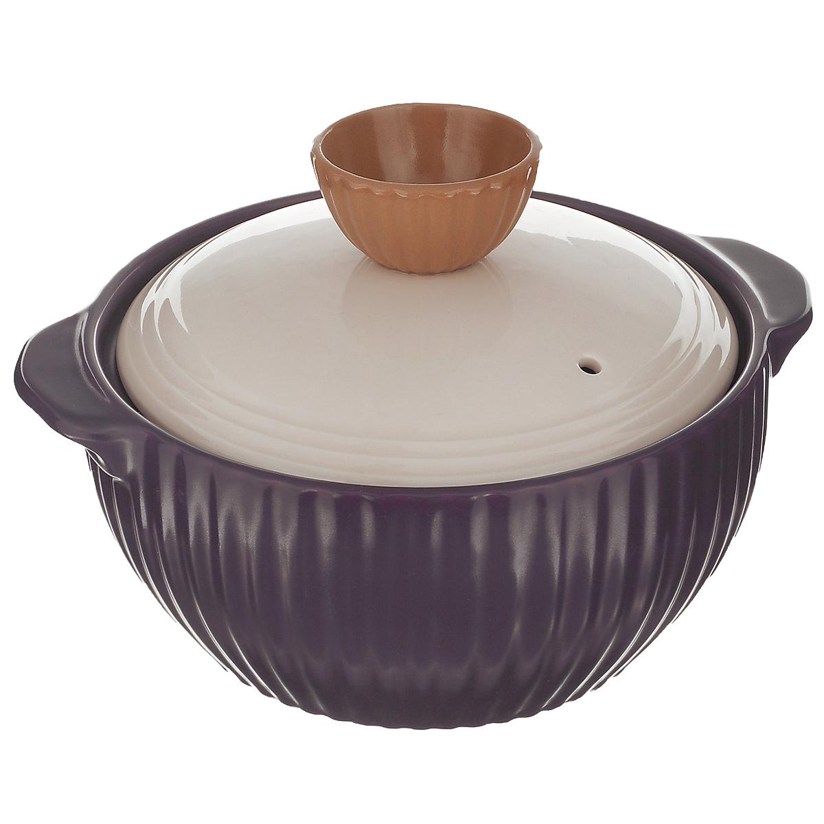 Кастрюля керамическая Frybest Mystic valley с крышкой, цвет: фиолетовый, 1,4 лNM-C18Кастрюля Frybest Mystic valley изготовлена из экологически чистой жаропрочной керамики. Идеальна для приготовления блюд, требующих длительного томления. Благодаря инновационному покрытию Ecolon пища не пригорает и не прилипает. Дизайн кастрюли разработан так, чтобы теплообмен внутри нее был максимально эффективным. Устойчивое к царапинам жаропрочное керамическое покрытие дополняет антибактериальный слой. Керамическая крышка кастрюли оснащена отверстием для выпуска пара.Кастрюля оснащена двумя небольшими ручками для удобного хвата.Кастрюля Frybest Mystic valley прекрасно подойдет для запекания и тушения овощей, мяса и других блюд, а оригинальный дизайн и яркое оформление украсят ваш стол.Можно мыть в посудомоечной машине. Кастрюля предназначена для использования на газовой и электрической плитах, в духовке и микроволновой печи. Не подходит для индукционных плит.Высота стенки: 9 см.Ширина кастрюли (с учетом ручек): 22,5 см.Толщина дна: 1 см.Толщина стенки: 0,9 см.Высота кастрюли (с учетом крышки): 15 см.