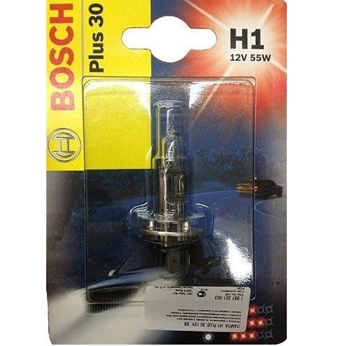 Лампа Bosch H1 Plus 30 12V 19873010031987301003Новые лампы Bosch для галогенных фар освещают дорогу интенсивным белым светом, который очень близок по свойствам к дневному освещению.Благодаря этому глаза водителя не теряют фокусировки и меньше устают даже во время долгих поездок в темное время суток. Новые лампы отличаются высокой яркостью и могут давать до 50% больше света, чем стандартные галогенные фары. Лампы Bosch доступны в вариантах H1, H4 и H7. Серебряное покрытие ламп H4 и H7 делает их едва заметными за стеклами выключенных фар. Новые лампы выглядят наиболее эффектно в сочетании с фарами из прозрачного стекла и подчеркивают современный дизайн автомобилей. Увеличенная яркость и дальность освещения положительно сказывается на безопасности движения. В темное время суток или в сложных погодных условиях, таких как ливень или густой туман, водитель замечает опасную ситуацию намного раньше и на большем расстоянии, при этом лучше заметен и сам автомобиль с фарами Bosch. Напряжение: 12 вольт