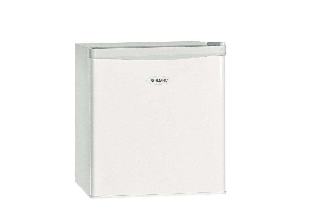 Bomann KB 389 А++/ 43 L, White холодильникKB 389 weis A++/43LСохранить продукты свежими, полезными и вкусными – вот главная задача холодильника. На современной кухне присутствует большое количество бытовой техники, ее задача помогать хозяйке и экономить ее время. Но несмотря на появление все новых и новых агрегатов, холодильник по-прежнему является основным и обязательным прибором, главной скрипкой кухонного оркестра.