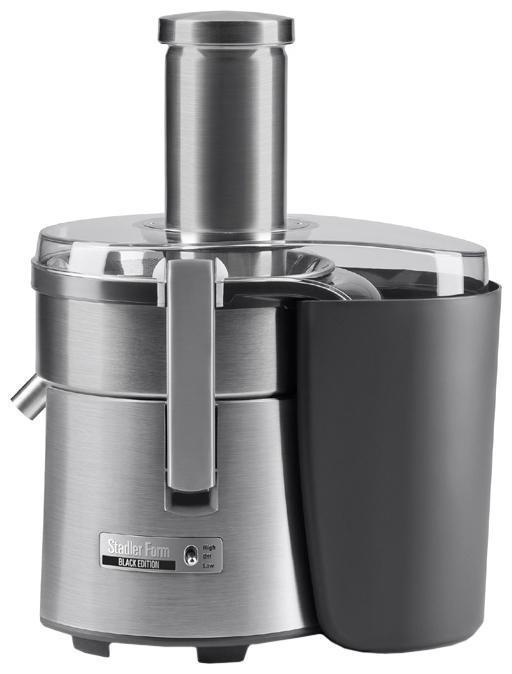 Stadler Form Juicer Three SFJ.1100 соковыжималкаJuicer Three SFJ.1100Комплекс конструктивных особенностей соковыжималки Juicer Three обеспечивает достижение наилучшихрезультатов при отжиме фруктов и овощей. Ключевой элемент в этом процессе – высокопроизводительный и надежный двигатель. Он усилен герметизированными подшипниками, что гарантирует долгий срок службы соковыжималки без снижения эффективности и стабильное качество отжима сока из любых овощей и фруктов.Электронная регулировка скорости поддерживает высокую мощность двигателя на стабильном уровне независимо от нагрузки и гарантирует эффективный отжим сока.Фильтрующая корзина и фильтр образуют эффективную, надежную и долговечную систему для тщательнейшей переработки плодов. Это достигается, во-первых, благодаря двум лезвиям, расположенным в основании фильтрующей корзины. Их режущая часть максимально задействована в отжиме благодаря смещенному загрузочному отверстию и позволяет выжимать сок из фруктов без предварительного удаления сердцевины. Кроме этого, соковыжималка оборудована мелкоячеистой фильтрующей сеткой, изготовленной путем фототравления нержавеющей стали. Такой способ также гарантирует ее легкую чистку, так как в отличие от штампованной сетки она не имеет заостренных краев, на которых остаются волокна.Сетка к тому же имеет увеличенный диаметр 18,5 см, что обеспечивает высокую производительность и качественный отжим за счет увеличения центробежной силы.Основание фильтрующей корзины – режущий диск также имеет увеличенный диаметр 12,5 см и оснащен более 300 острейших лезвиями. Это значительно больше, чем у других соковыжималок, что также увеличивает скорость и эффективность отжима. Фиксатор плода в загрузочном лотке оснащен плавным ходом, что позволяет отжимать даже твердые плоды без особых усилий.Непревзойденный уровень удобства использования соковыжималки Juicer Three обеспечивается внимательно продуманными деталями. Широкий загрузочный желоб диаметром 75 мм позволяет загружать в приборбольшинство пло