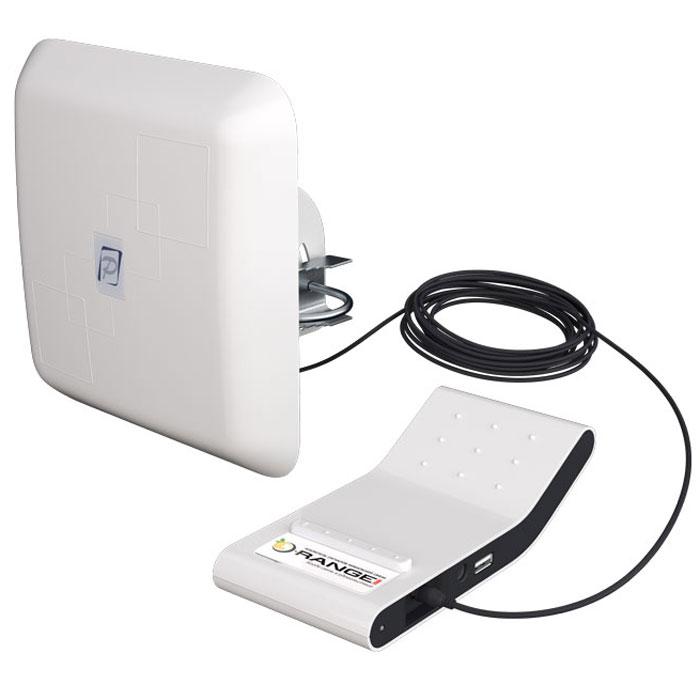РЭМО Orange-2600+, White усилитель сигнала 4GORANGE-2600+Усилитель РЭМО Orange-2600+ предназначен для повышения качества сигнала мобильного интернета стандарта 4G LTE/LTE+ (LTE 2600 FDD Band7/Band38) внутри помещений. Усилитель представляет собой систему из двух блоков: уличного модуля приема и модуля покрытия. Модуль приема размещается в зоне наличия 4G сигнала (как правило на стене у окна или на балконе), а модуль покрытия в месте расположения ваших мобильных устройств. Используя усилитель Вы сможете обеспечить уверенный сигнал 4G интернета в радиусе до 5 метров вокруг модуля покрытия. Это эквивалентно зоне покрытия площадью 75 кв.м. Усилитель Orange-2600+ совместим с любыми устройствами, оснащенными 4G модулем (USB-модемы, планшетные компьютеры, смартфоны, ноутбуки).Использование Orange-2600+ значительно улучшает качество радиосвязи между базовой станцией оператора и 4G модулем вашего устройства, что, по результатам тестирования сервисом speedtest.net, может обеспечить рост скорости передачи данных до двух раз. Улучшения качества радиосвязи позволяет 4G модулю вашего смартфона, планшета или модема снизить мощность и уменьшить уровень облучения абонента до безопасного: ведь как известно, чем хуже связь с базовой станцией в месте приема, тем выше мощность излучения 4G модуля.Усилитель сигнала мобильного интернета Orange-2600+ позволяет продлить время работы вашего устройства от одной зарядки аккумулятора, а в случае необходимости и подзарядить его благодаря имеющемуся на боковой поверхности корпуса USB-разъему.Что немаловажно - Orange-2600+ не требует профессиональных навыков при установке и эксплуатации.Вы сможете легко найти Orange-2600+ на витринах салонов связи и магазинов бытовой техники вашего города благодаря яркой и нестандартной упаковке усилителя. При этом коробка достаточно компактна, чтобы преподнести ее в качестве современного технологичного подарка своим родственникам или друзьям.
