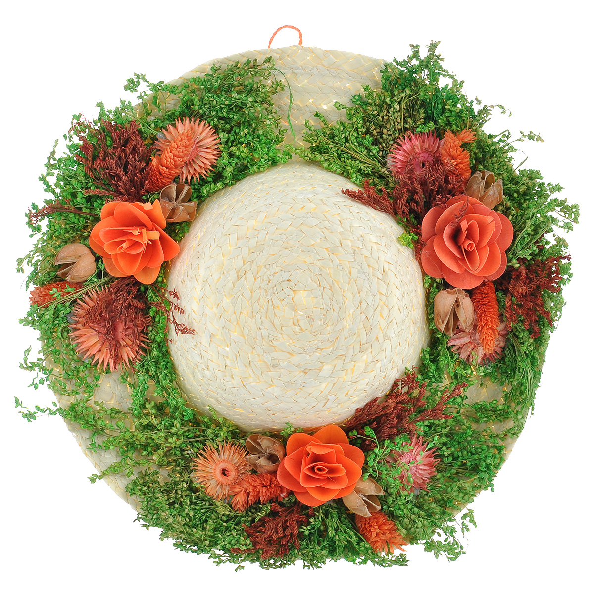 """Декоративное подвесное украшение Lillo """"Шляпа"""" выполнено из натуральной соломы и украшено сухоцветами. Такая шляпа станет изящным элементом декора в вашем доме. С задней стороны расположена петелька для подвешивания. Такое украшение не только подчеркнет ваш изысканный вкус, но и прекрасным подарком, который обязательно порадует получателя.Диаметр шляпы: 28 см."""