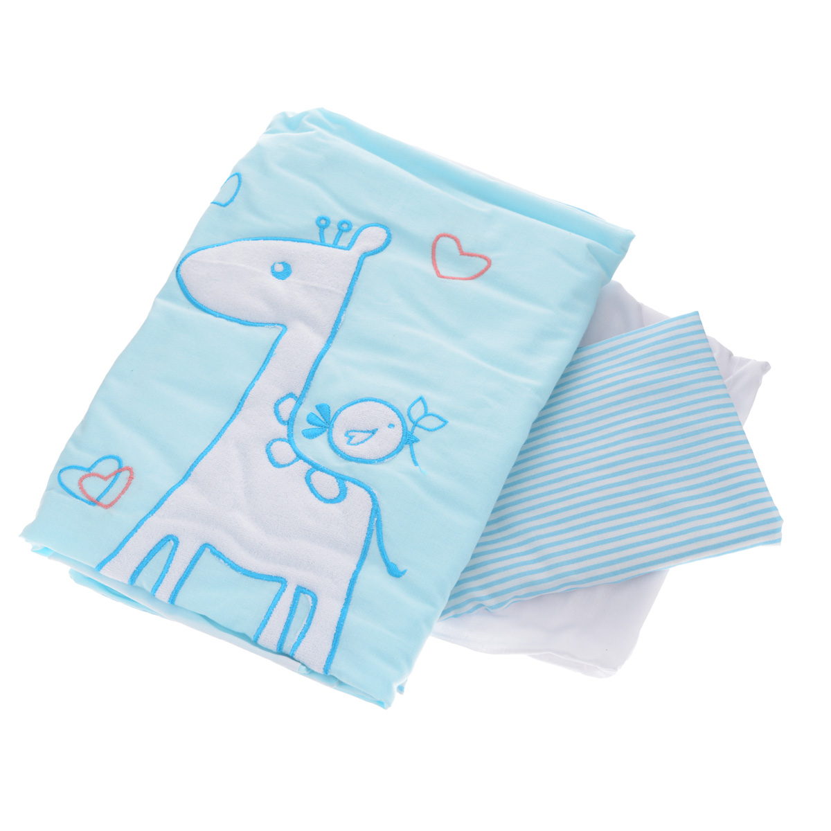 Комплект детского постельного белья Fairy Жирафик, цвет: голубой, 3 предмета1020.112Детский комплект постельного белья Fairy Жирафик состоит из наволочки, пододеяльника и простыни на резинке. Такой комплект идеально подойдет для кроватки вашего малыша и обеспечит ему здоровый сон. Он изготовлен из натурального 100% хлопка, дарящего малышу непревзойденную мягкость. Натуральный материал не раздражает даже самую нежную и чувствительную кожу ребенка, обеспечивая ему наибольший комфорт. Простыня с помощью специальной резинки растягивается на матрасе. Она не сомнется и не скомкается, как бы не вертелся ребенок.На постельном белье Fairy Жирафик ваша кроха будет спать здоровым и крепким сном.