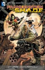 Frankenstein, Agent of S.H.A.D.E. Vol. 1: War of the Monsters (The New 52) frankenstein