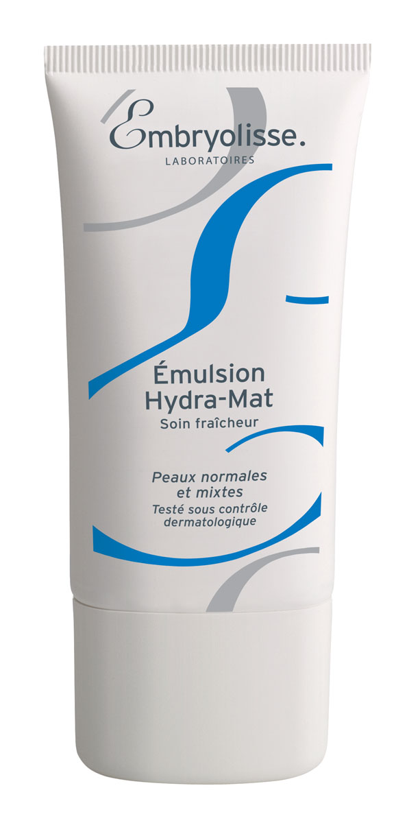 Embryolisse Гидро-Матирующая Эмульсия 40мл225000Освежающий уход. Для нормальной и комбинированной кожиГидро-Матирующая Эмульсия обеспечивает оптимальное увлажнение и длительный матирующий эффект. Заметно увеличивается увлажненность кожи благодаря натуральным компонентам, а масло абрикоса придаёт коже здоровое сияние. Легкая прохладная гелевая текстура эмульсии проникает глубоко в кожу, быстро впитывается, оставляя её нежной и матовой в течение всего дня.Эмульсия дарит ощущение увлажненности и придает коже сияние. Продолжительный матовый эффект.