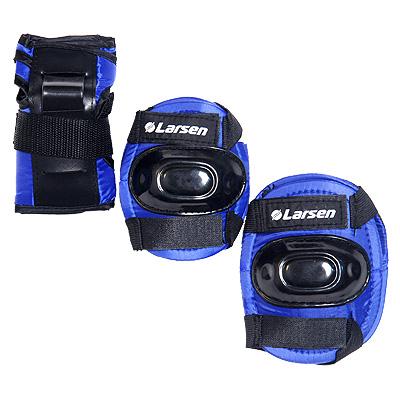 Защита роликовая Larsen P1B. Размер L150562Роликовая защита Larsen P1B  состоит из налокотников, наколенников и защиты запястья. Такая роликовая защита будет отличным дополнением к Вашим роликам.Налокотники (2 шт), наколенники (2 шт), защита запястья (2 шт).