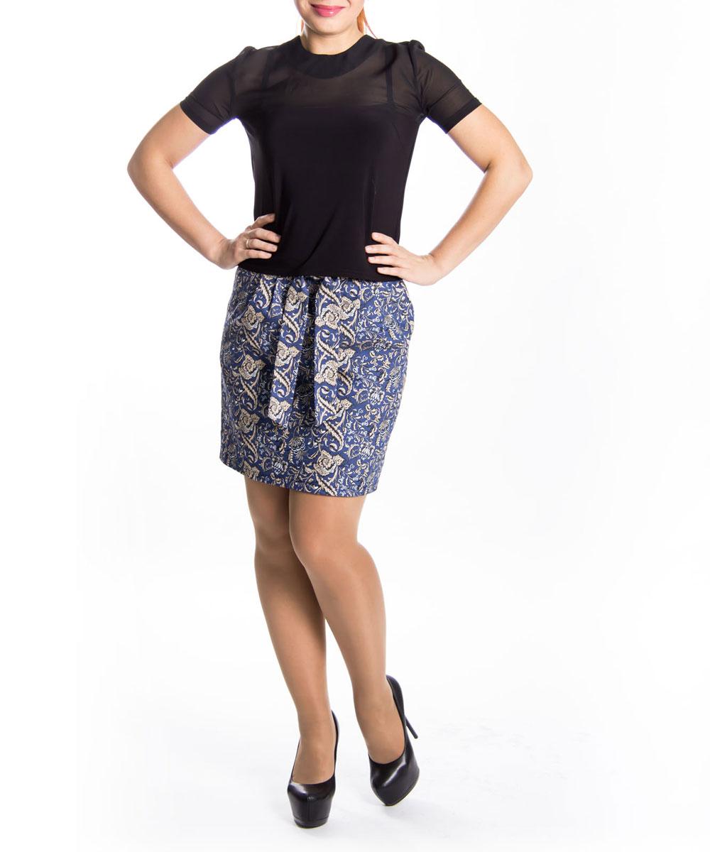 Юбка Lautus, цвет: синий. 0145. Размер 440145Стильная юбка Lautus прямого кроя выполнена из высококачественного материала и оформлена принтовым орнаментом.Модель с пришивным поясом средней посадки застегивается сзади на потайную застежку-молнию. Юбка оформлена небольшими складками. Спереди модель дополнена двумя глубокими втачными карманами. В этой юбке вы будете чувствовать себя неотразимой, оставаясь в центре внимания.Модная юбка непременно украсит ваш гардероб и добавит образу женственности.