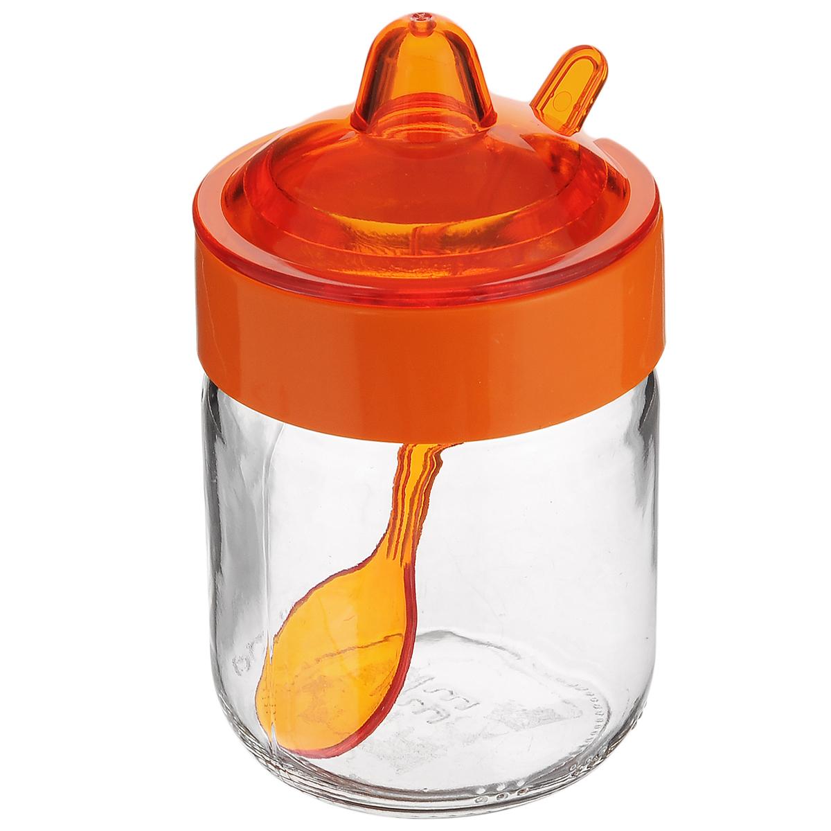 Емкость для соуса Herevin, с ложкой, цвет: оранжевый, 200 мл131505-000_оранжевыйЕмкость для соуса Herevin изготовлена из прочного стекла. Банка оснащенапластиковой крышкой иложкой. Изделие предназначено для хранения различных соусов.Функциональная и вместительная, такая банка станет незаменимым аксессуаромна любой кухне.Можно мыть в посудомоечной машине. Пластиковые части рекомендуется мытьвручную. Диаметр (по верхнему краю): 5,5 см. Высота банки (без учета крышки): 8,5 см.Длина ложки: 11 см.