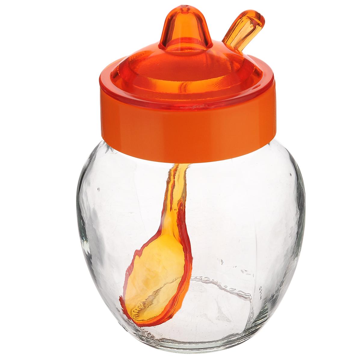 Емкость для соуса Herevin, с ложкой, цвет: оранжевый, прозрачный, 370 мл131506-000_оранжевыйЕмкость для соуса Herevin изготовлена из прочного стекла. Банка оснащена пластиковой крышкой и ложкой. Изделие предназначено для хранения различных соусов. Функциональная и вместительная, такая банка станет незаменимым аксессуаром на любой кухне. Можно мыть в посудомоечной машине. Пластиковые части рекомендуется мыть вручную.Диаметр (по верхнему краю): 5,5 см.Высота банки (без учета крышки): 10 см.Длина ложки: 13 см.