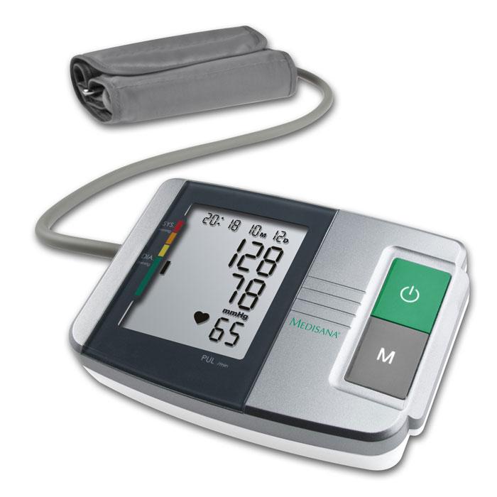 Medisana Плечевой тонометр MTS00000810Medisana MTS представляет собой компактный автоматический тонометр с двумя блоками памяти по 60 измерений каждый. Он использует классический, хорошо зарекомендовавший себя осциллометрический методизмерений кровяного давления.Для проведения измерений прибор укомплектован стандартная манжета 22 – 30 см для взрослых со средней окружностью плеча. Во время нагнетания воздуха принимает цилиндрическую форму, создавая равномерноедавление по всей поверхности манжеты. Это минимизирует болевые ощущения и уменьшает риск дополнительного подъема верхнего (систолического) давления.Тонометр имеет большим дисплей. На нем отражается систолическое и диастолическое давление, пульс, состояние аритмии (при возникновении), дата и время. Имеется цветовая шкала давлений по классификацииВОЗ (Всемирная Организация Здравоохранения).Имеется возможность подключения блока питания (в комплект не входит).