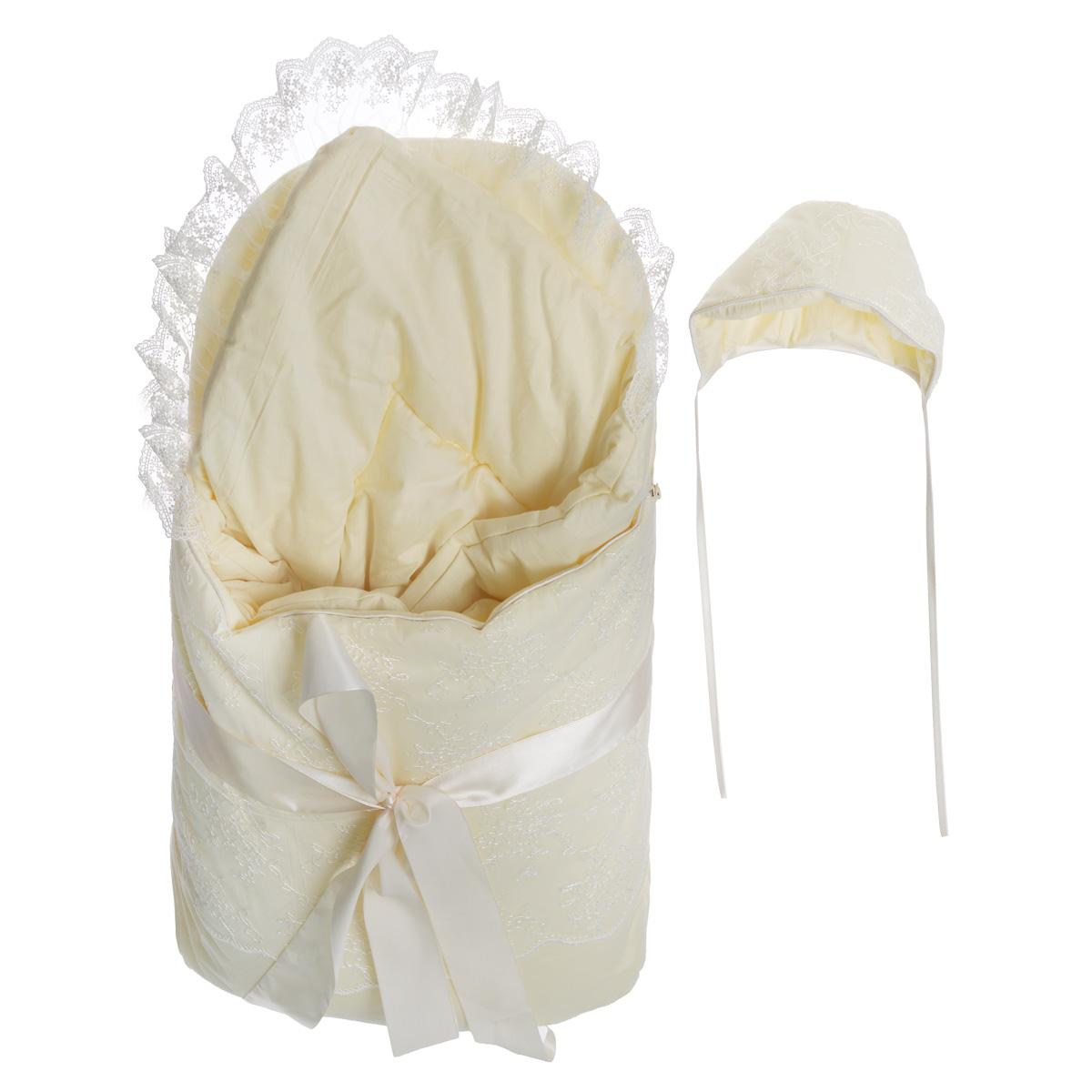 Комплект на выписку Baby Nice: конверт, одеяло, чепчик, цвет: светло-бежевый. Ка12111. Размер 0/3 месяцаКа12111Комплект на выписку Baby Nice прекрасно подойдет для выписки новорожденного из роддома. Комплект состоит из конверта, теплого одеяла и чепчика. В дальнейшем его можно использовать во время прогулок с малышом в коляске-люльке или в качестве удобного коврика для пеленания. Элементы комплекта изготовлены из сатина - 100% хлопка на подкладке из сатина - 100% хлопка. В качестве утеплителя используется файберпласт (200 г) - качественный, легкий и неприхотливый в эксплуатации нетканый материал, который великолепно удерживает тепло, дышит, является гипоаллергенным, прекрасно стирается, практически не слеживается, быстро сохнет и не впитывает неприятные запахи.Конверт по бокам застегивается на длинную застежку-молнию с двойным бегунком. Передняя часть конверта отстегивается, что помогает нижнюю часть использовать как коврик. Конверт украшен ажурной вышивкой и декоративным атласным бантом.Мягкое воздушное одеяло украшено неширокой вуалью и дополнено ленточкой для удобного пеленания.Мягкий чепчик, необходимый любому младенцу, защищает еще не заросший родничок, щадит чувствительный слух малыша, прикрывая ушки, и предохраняет от теплопотерь. Утепленный чепчик украшен ажурной вышивкой и дополнен завязками.Оригинальный комплект на выписку порадует взгляд родителей и прохожих.