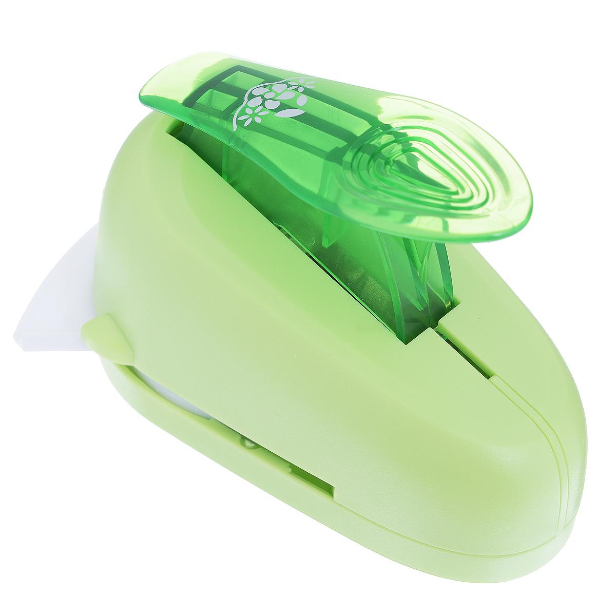Дырокол фигурный Астра Цветочки, угловой. CD-99MC7709610_61Дырокол Астра Цветочки поможет вам легко, просто и аккуратно вырезать много одинаковых мелких фигурок.Режущие части компостера закрыты пластмассовым корпусом, что обеспечивает безопасность для детей. Можно использовать вырезанные мотивы как конфетти или для наклеивания. Дырокол подходит для разных техник: декупажа, скрапбукинга, декорирования.Размер дырокола: 10 см х 7 см х 7 см. Размер готовой фигурки: 2,8 см х 2 см.