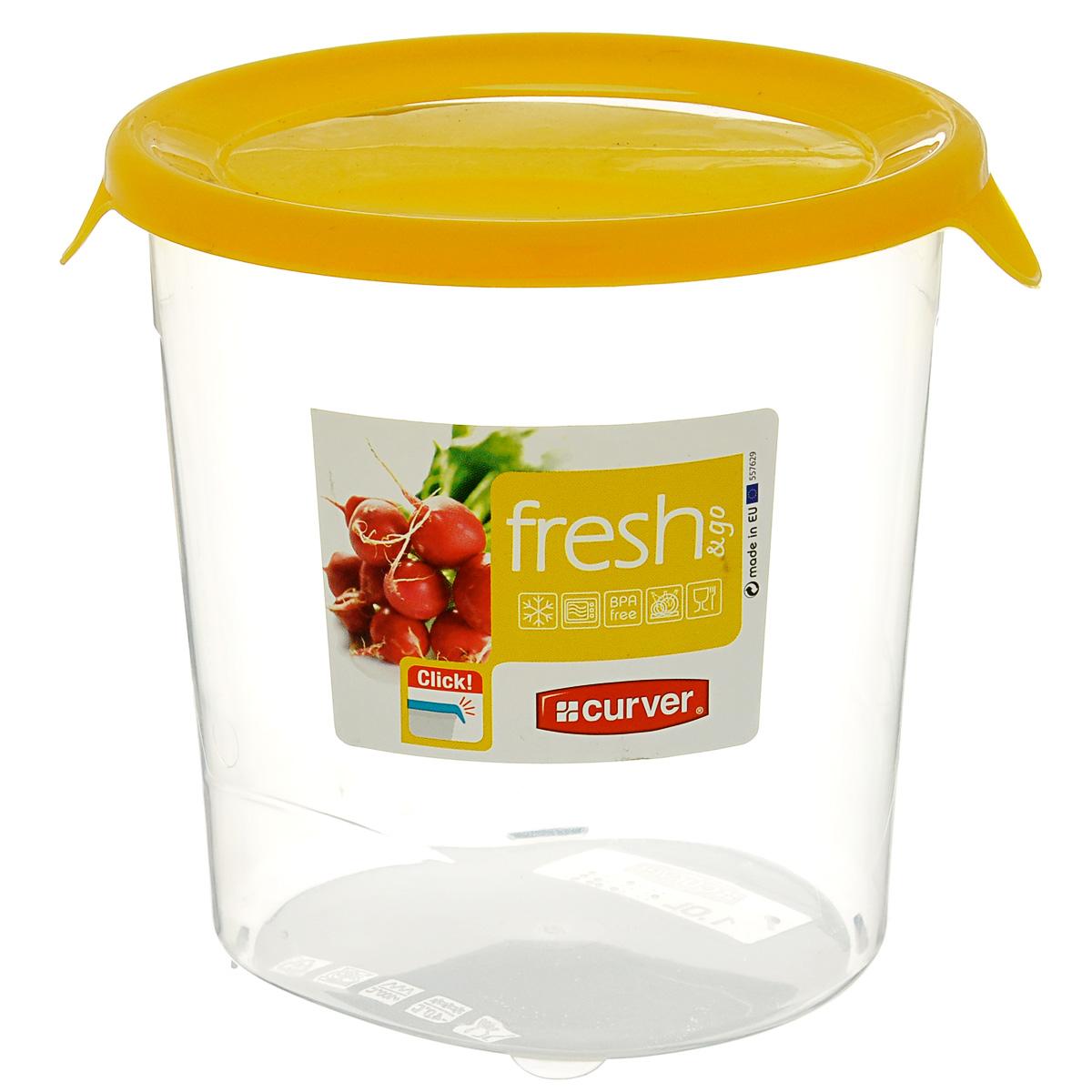 Емкость для заморозки и СВЧ Curver Fresh & Go, цвет: желтый, 1 л00564-007-01Круглая емкость для заморозки и СВЧ Curver изготовлена из высококачественного пищевого пластика (BPA free), который выдерживает температуру от -40°С до +100°С. Стенки емкости прозрачные, а крышка цветная. Она плотно закрывается, дольше сохраняя продукты свежими и вкусными. Емкость удобно брать с собой на работу, учебу, пикник или просто использовать для хранения пищи в холодильнике. Можно использовать в микроволновой печи и для заморозки в морозильной камере. Можно мыть в посудомоечной машине.
